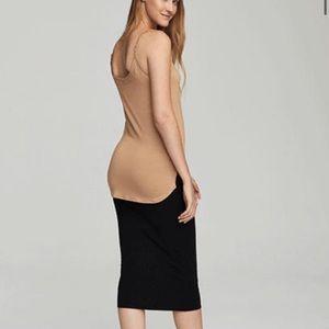 Dresses & Skirts - Bodycon Midi Dress New With Tags NWT 12-14 Black